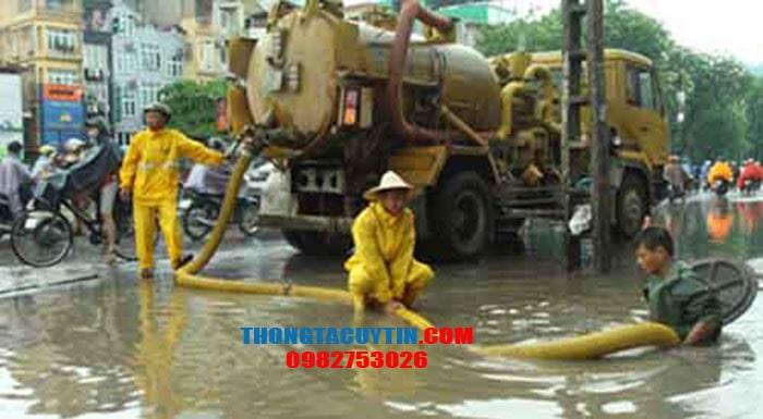 Hút bể phốt tại Hà Nội uy tín giá rẻ